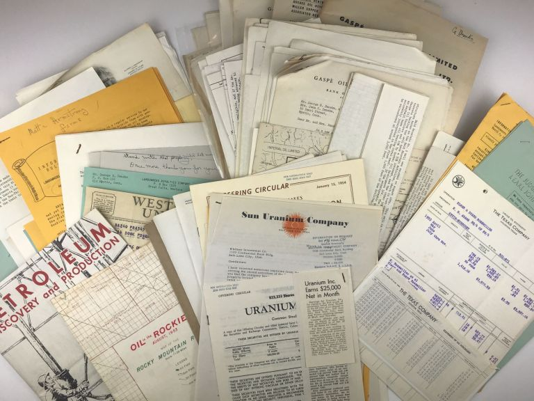 [Business Archive of Mid-20th-Century, Western Oil and Mining Investment Ephemera]. Oil.